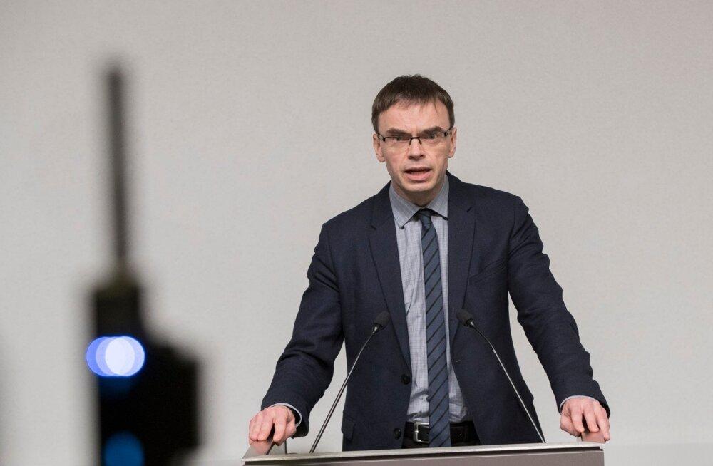 Välisminister Sven Mikser ütleb, et uued ohud ja katsumused ei tule kunagi vanade asemele, vaid lisanduvad neile.
