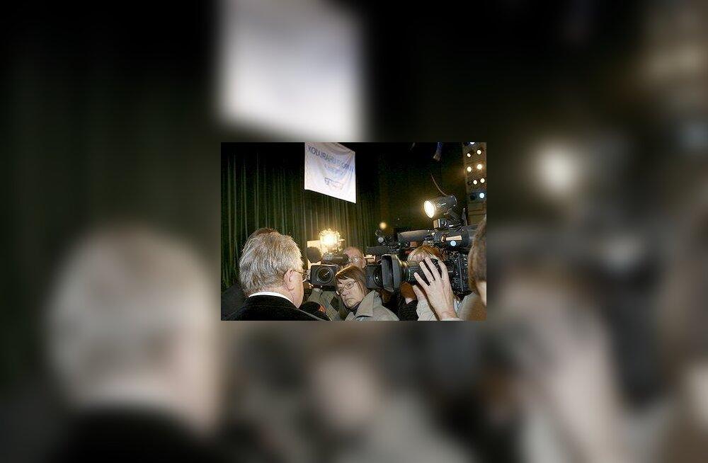 Edgar Savisaar ja ajakirjanikud