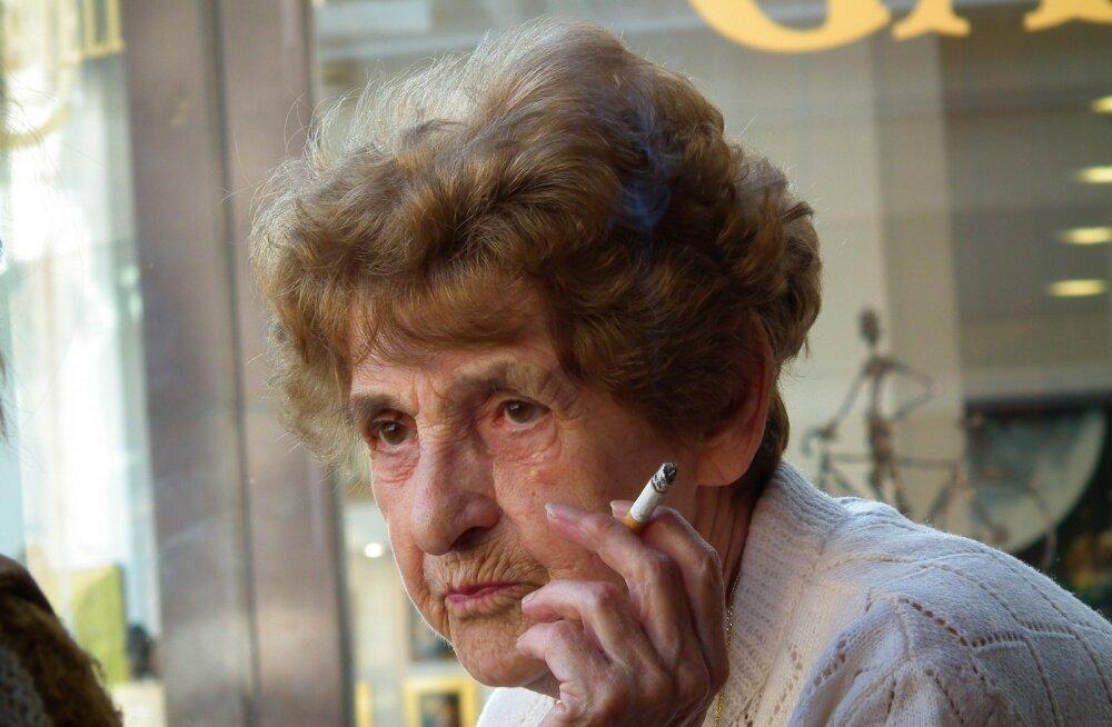 KLÕPS | Julge küsida! 93-aastase vanaproua lõbus palve sai mitmekordselt tasutud