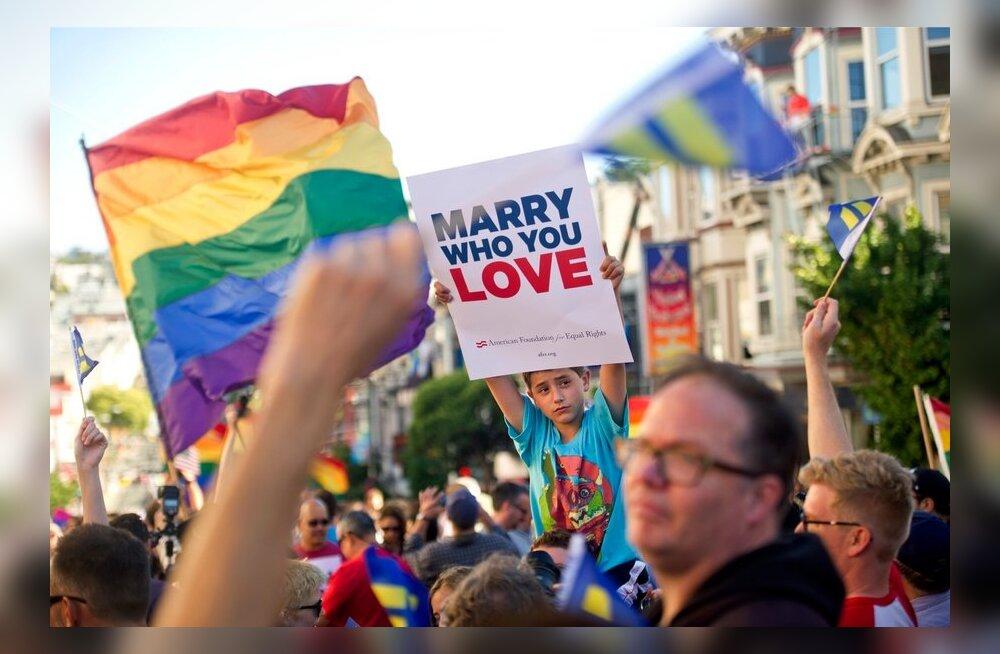 Homoabielude toetajad said USA ülemkohtus kaks tähtsat võitu