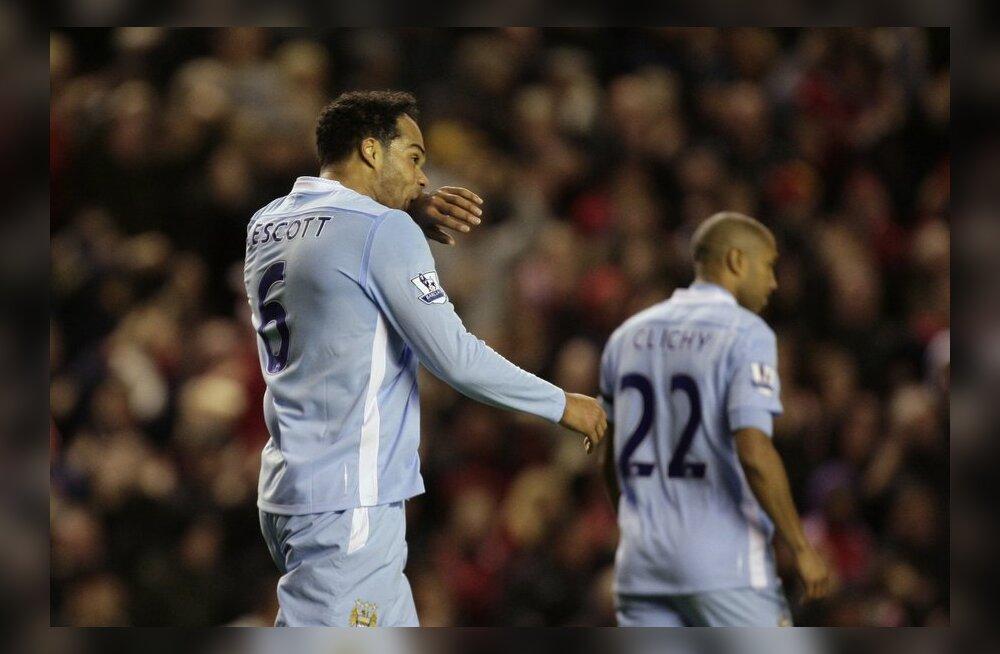 VIDEO: Õnnetu omavärav maksis Manchester City'le võidupunktid