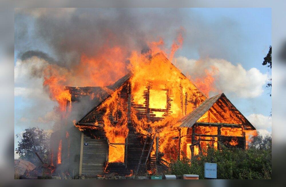 Картинки сгоревший дом