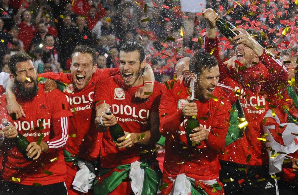 28 päeva jalgpalli EM-ini: Debütant Wales on peatreeneri enesetapust taastunud
