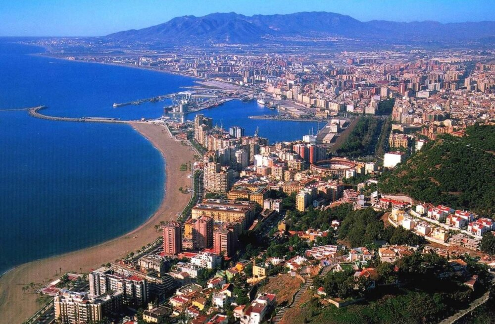Малага названа самым солнечным городом Испании