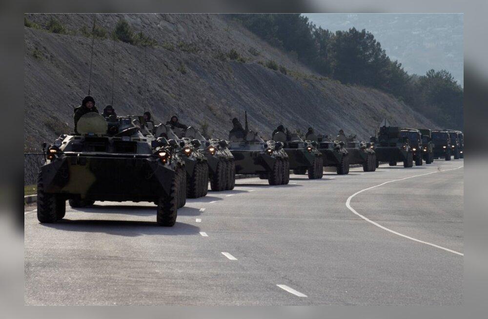 Vene soomikukolonn Krimmis