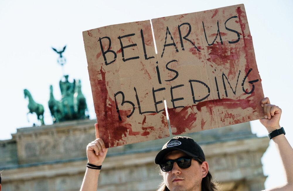 Macron väljendas Valgevene meeleavaldajatele toetust, Saksa asekantsler hoiatas Venemaad