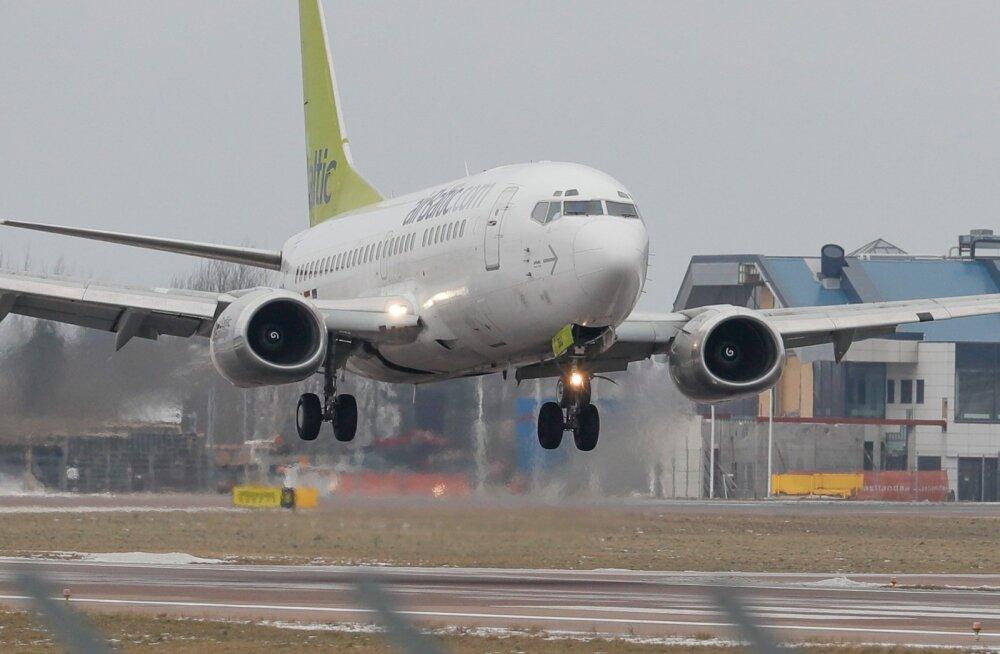 Lugeja: Air Baltic näitas jälle oma kvaliteeti, Pariisi-Tallinna lend oli ülebroneeritud