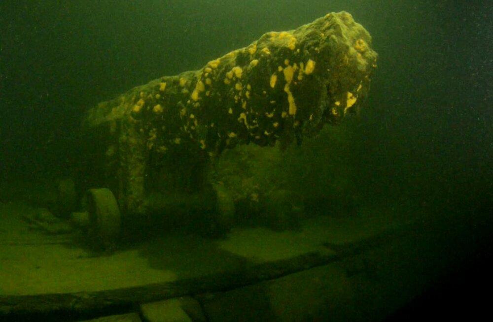 Soome lahest leiti 18. sajandi Hollandi sõjalaeva vrakk