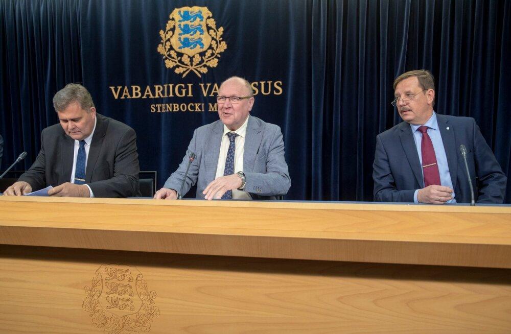 Valitsuse pressikonverents, Raivo Aeg, Mart Helme, Taavi Aas
