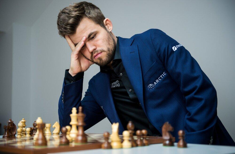 Maailmameister Magnus Carlsen teeb males revolutsiooni.