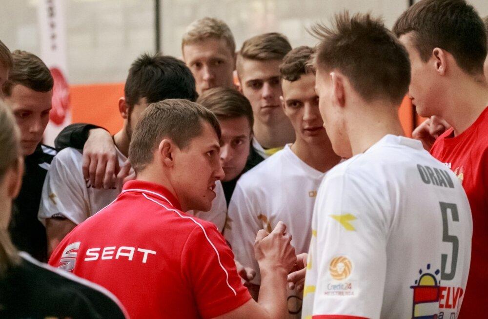 Rainer Vassiljev (ees punases) tüüris Tallinna Selveri Balti liigas olulise võiduni.
