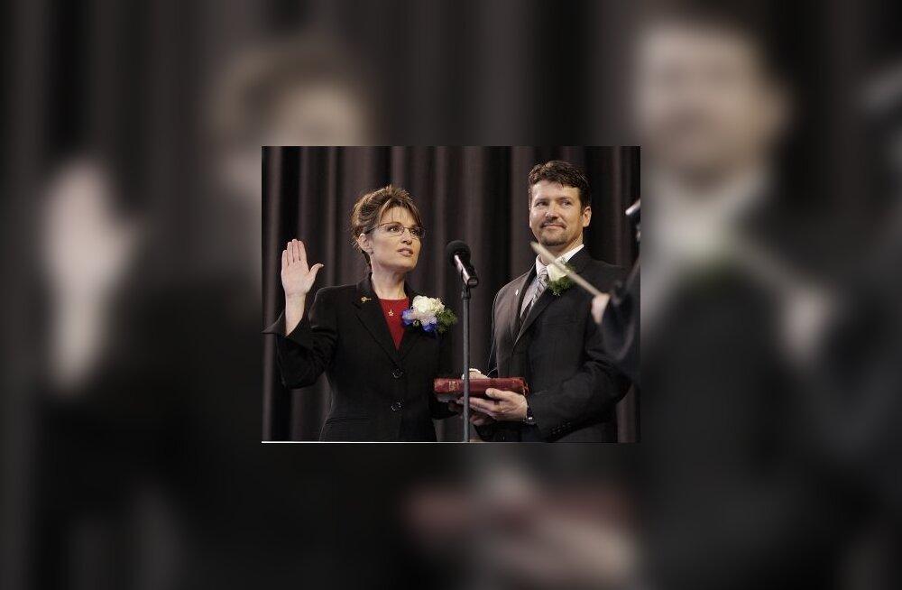 Sarah Palin palvetab võidu eest
