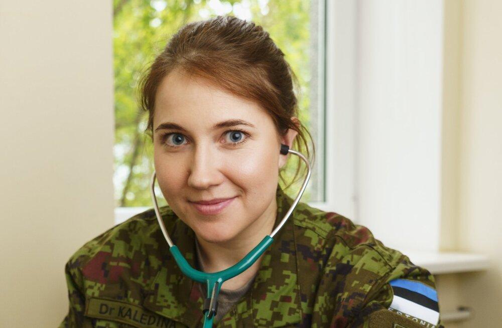Лейтенант Елизавета Каледина: в армии не будет просто, но уж скучно не будет 100%