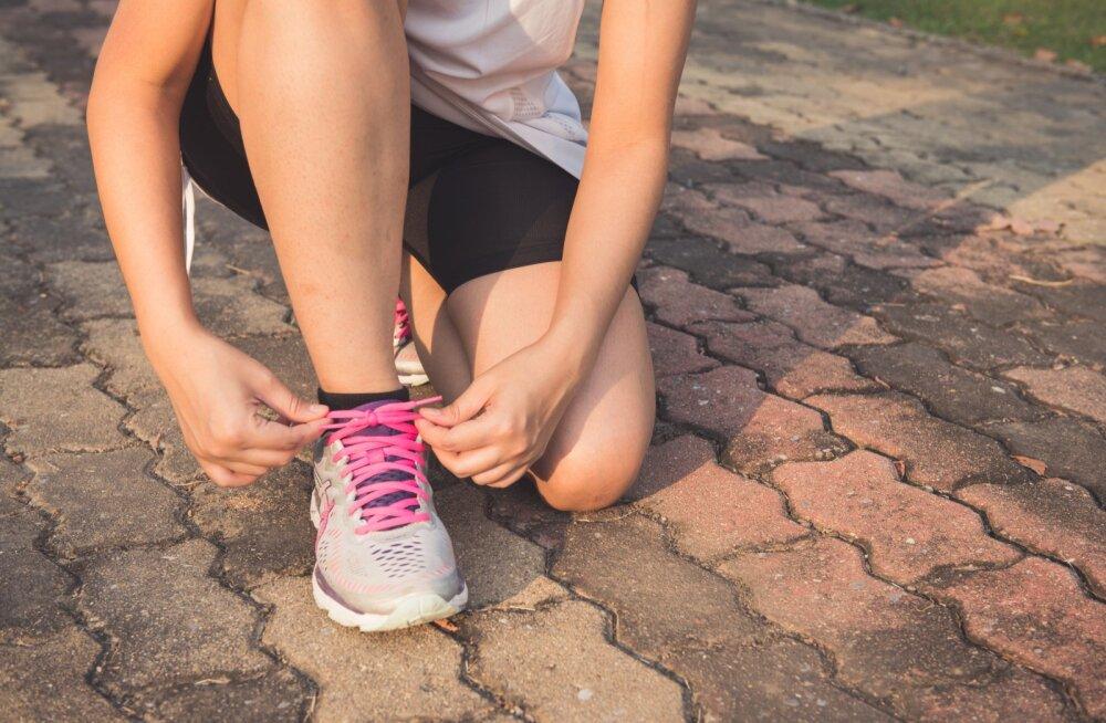 Arstiteadlane: kehaliselt aktiivsete inimeste aju töötab paremini ja vananeb aeglasemalt