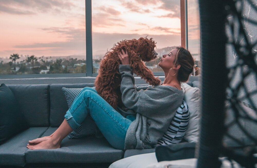 11 põhjust, miks naised, kes armastavad koeri, on ka suurepärased abikaasad