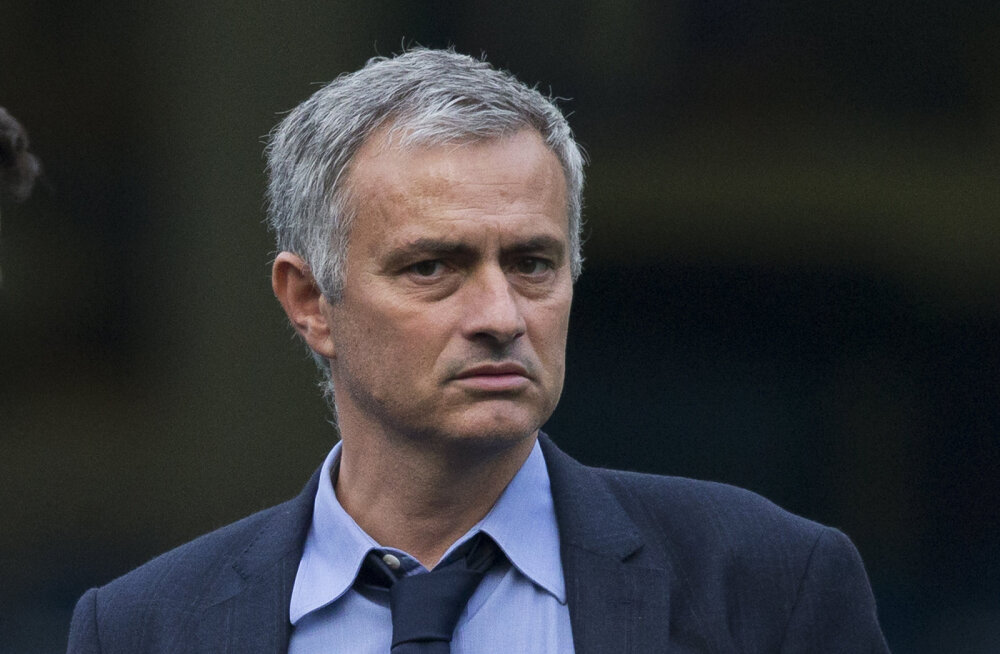 VIDEO: Mourinho puikles 55 sekundit reporteri küsimustele vastu: mul ei ole midagi öelda