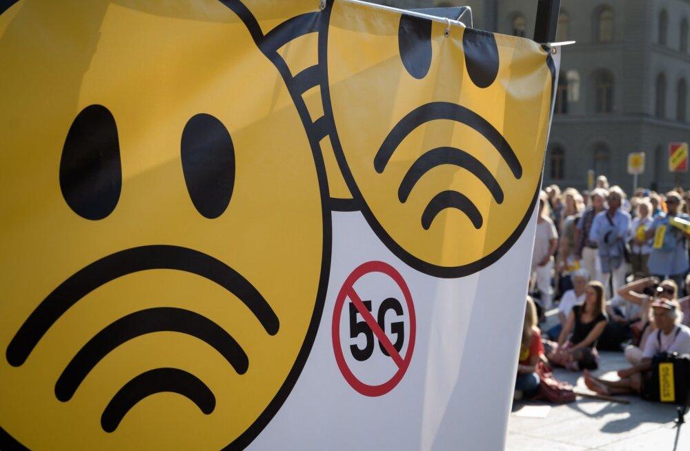 """Швейцарцы протестуют против мобильной сети 5G и """"принудительного облучения"""""""