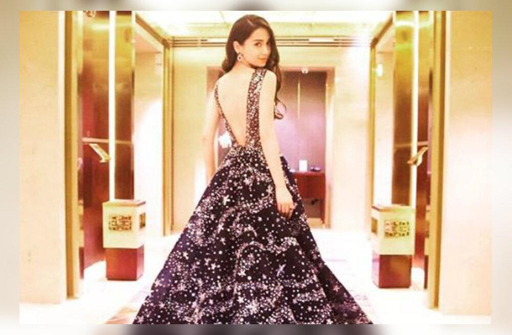 Hiina Kim Kardashian pidas 28 miljonit eurot maksnud pulmad: Diori kleit, 3 meetrit kõrge tort ja 2000 külalist
