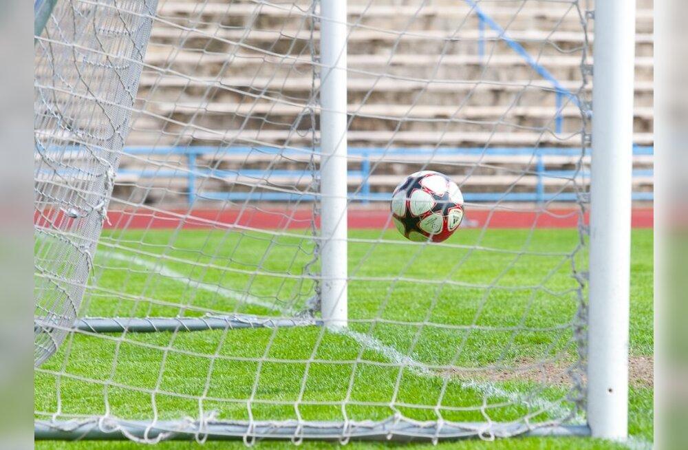 U-19 jalgpallikoondis viigistas Balti turniiril, U-17 kaotas
