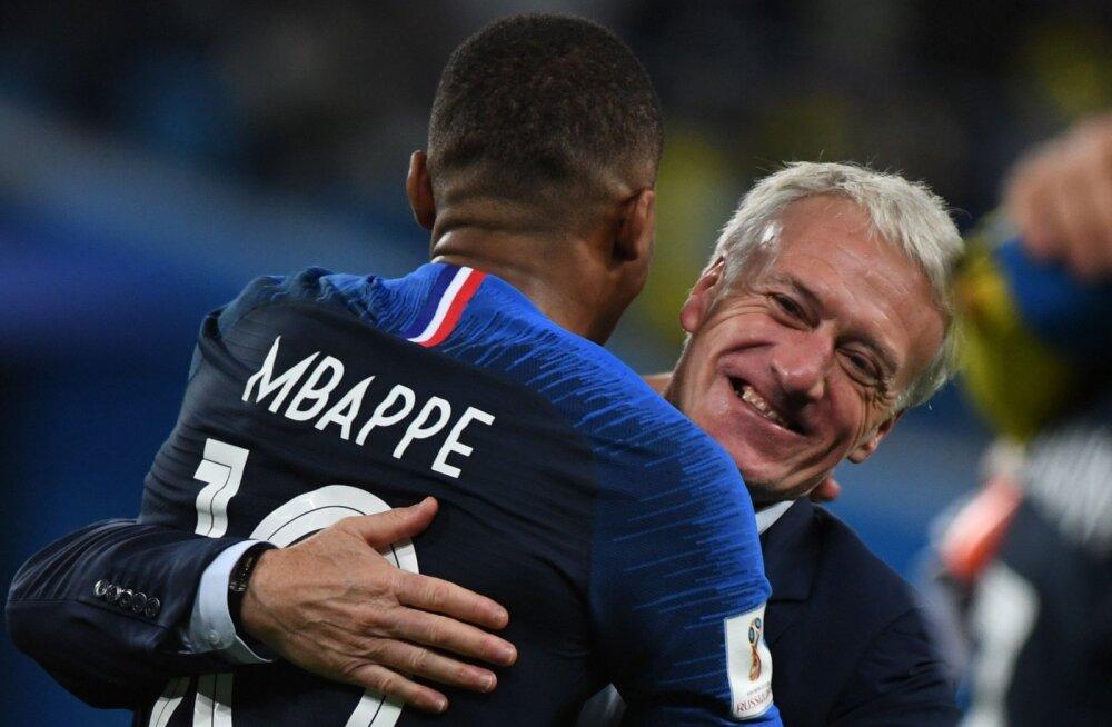 Kylian Mbappe ja Didier Deschamps