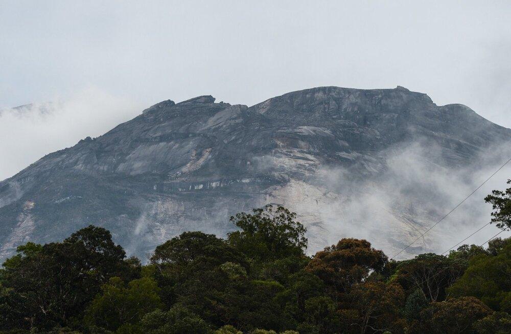 End pühal mäel alasti võtnud turiste süüdistatakse Malaisias maavärina esilekutsumises