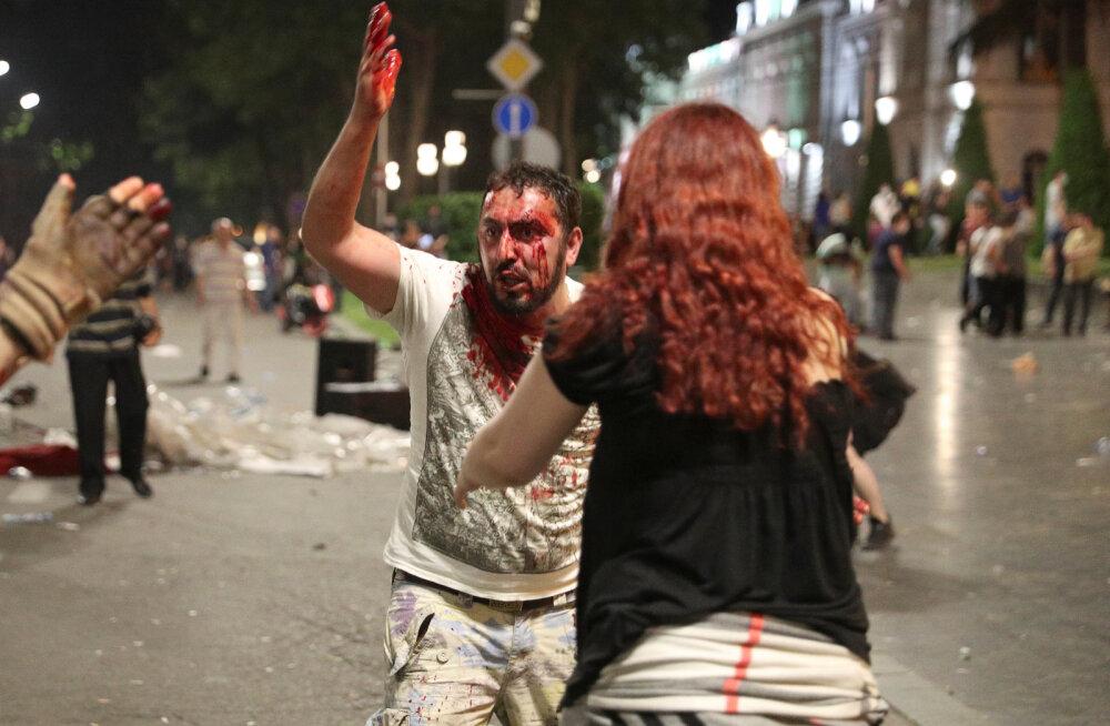 Saakašvili ärgitas oma toetajaid Gruusias proteste jätkama