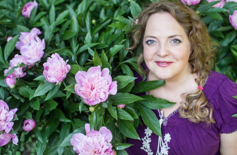 Hedvig esineb soolokontsertidega augustis taas Eesti mõisates.
