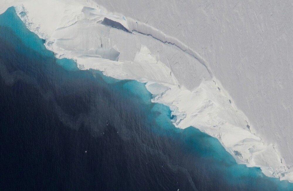 NASA teadlased: Antarktika ühe tuntuima liustiku all laiutab tohutu auk