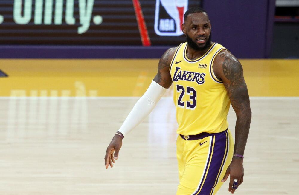 VIDEO | LeBron James vedas Lakersi võidule Bucksi üle, Jazz teenis seitsmenda järjestikuse võidu