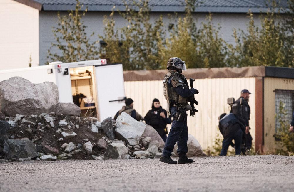 Soomes politseinikke tulistanud on Porvoost pärit, aga Rootsi kolinud vennad, vanem tegeles vabavõitlusega