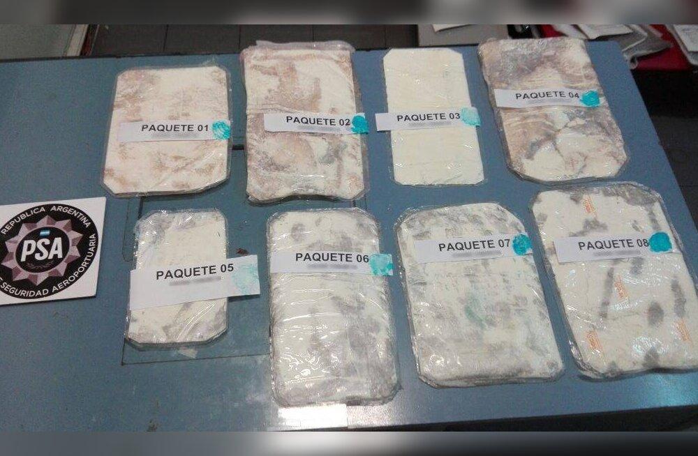 Buenos Airese lennujaamas vahistati venemaalane ligi 4 kilo kokaiiniga