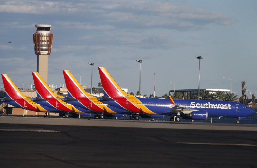 Boeing pani kõik lennukid 737 Max lennukeelu alla