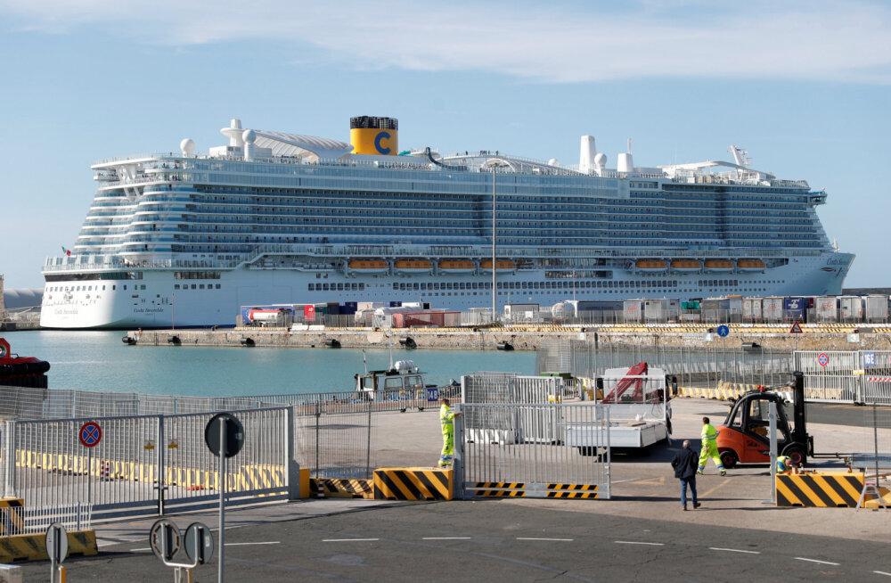 На круизном лайнере в итальянском порту застряли 6000 пассажиров из-за болезни китайской пары