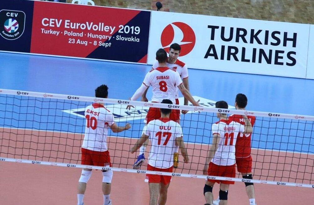 Türgi supermees Adis Lagumdzija – peaaegu sama võimas nagu maailma parim võrkpallur