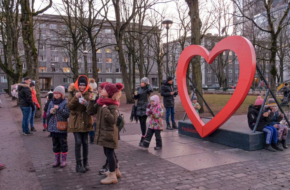 ФОТО   Вас ждет открытка! В Полицейском парке отмечают День Святого Валентина