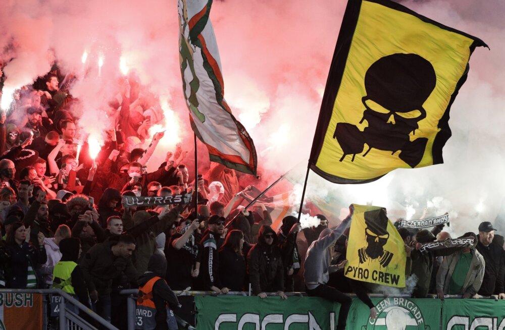 VIDEO | Lazio ja Celticu fännid läksid Roomas kaklema, kahte meest pussitati