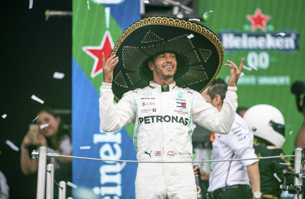 Lewis Hamilton on lähedal kuuendale MM-tiitlile.