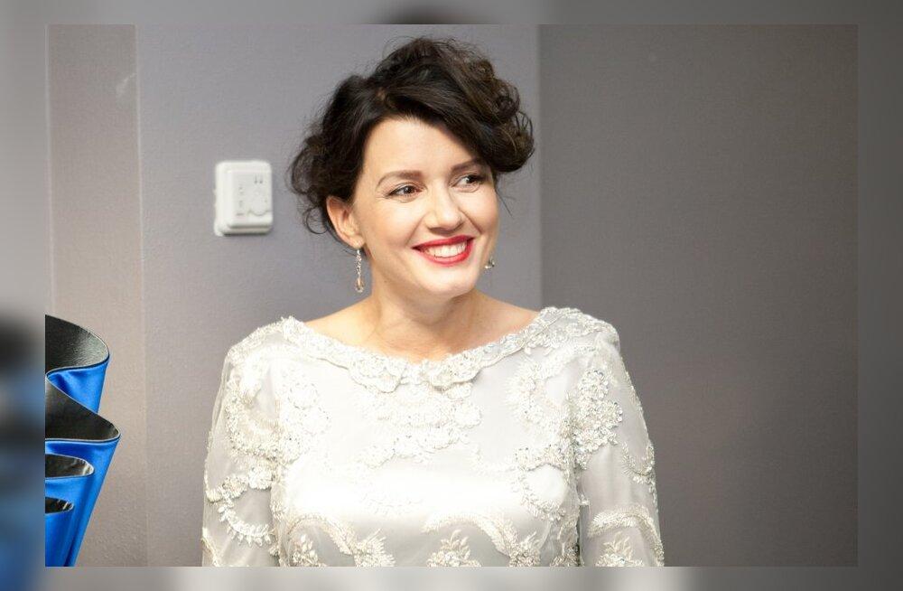 FOTOD: Beebiootel Heidy Purga kandis hõbedast kleiti