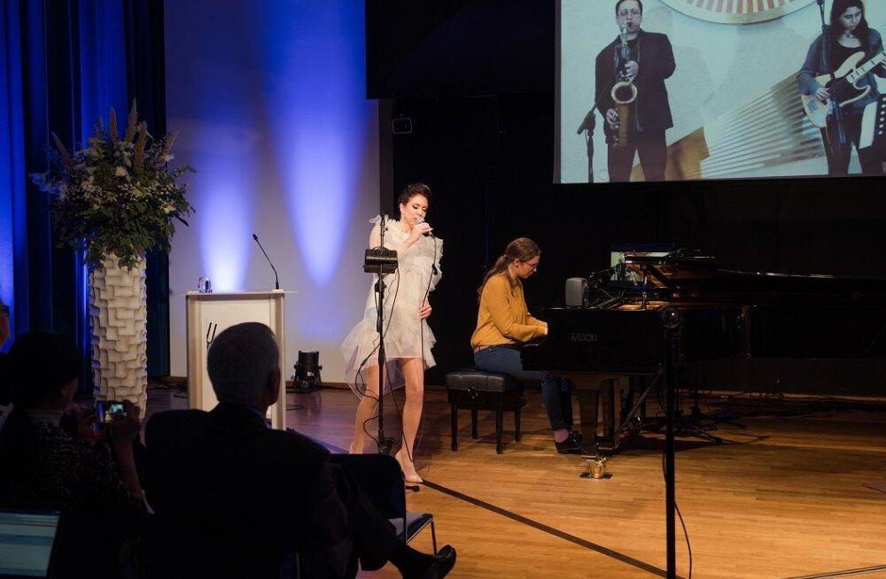 Elisa 5G konkursi võitjatiimiks tuli reaalajalist kontsertelamust võimaldav tehnoloogia LoLa