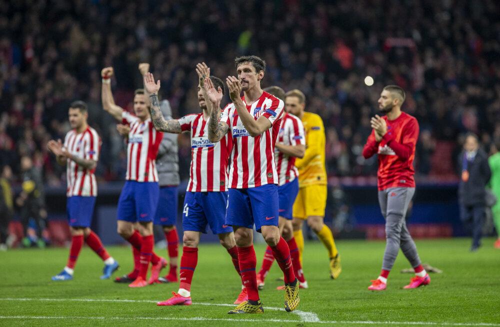 Hispaania jalgpallihiiu staarid nõustusid suure palgakärpega, millega päästetakse 430 töötaja teenistus