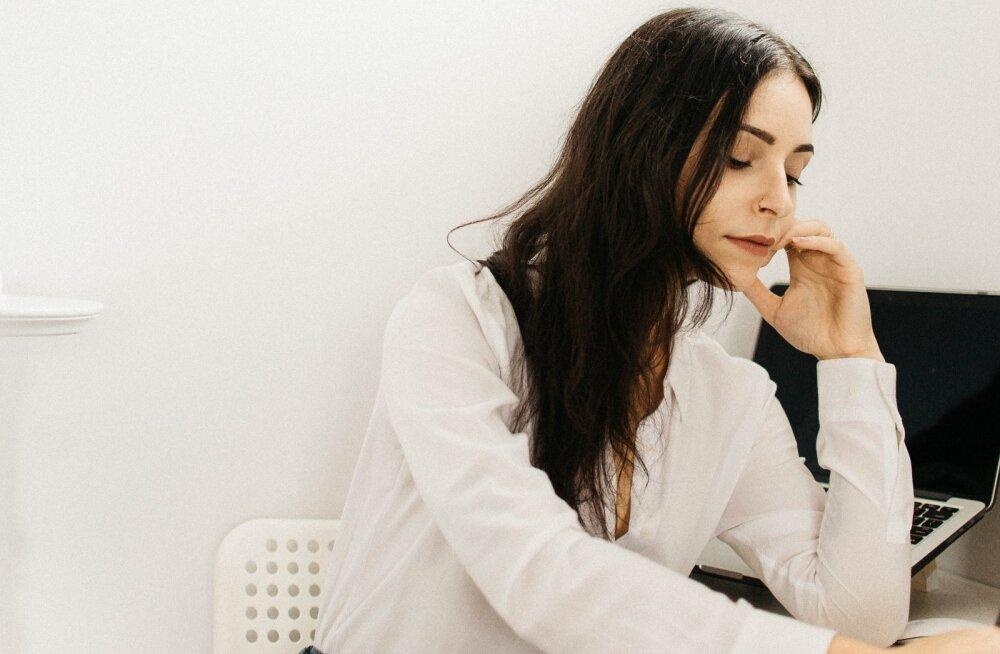 Naine kurvastab: mida edukam olen oma ametikohal, seda lootusetumana hakkab näima minu kooselu