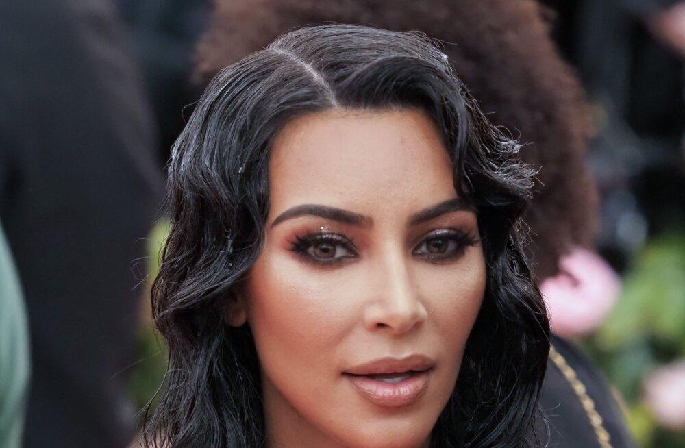 Üllas tegu! Kim Kardashian ulatas abikäe endisele vangile