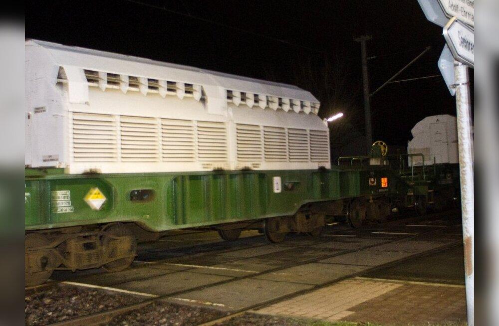 Hollandi aktivistid blokeerisid raudteel tuumaveose