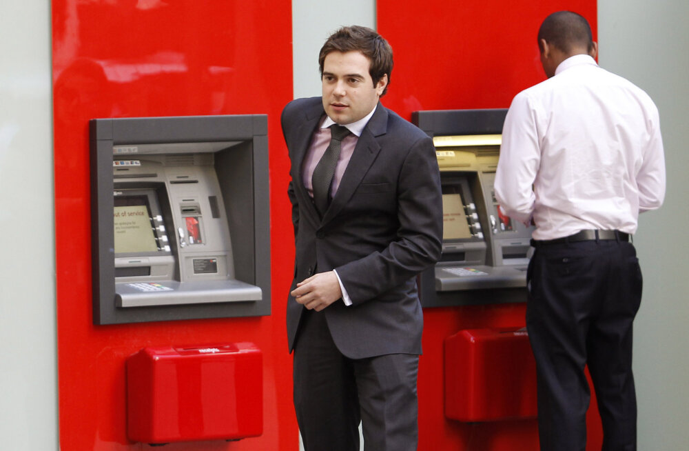 Austraalia pangad hakkasid sularaha tasuta väljastama