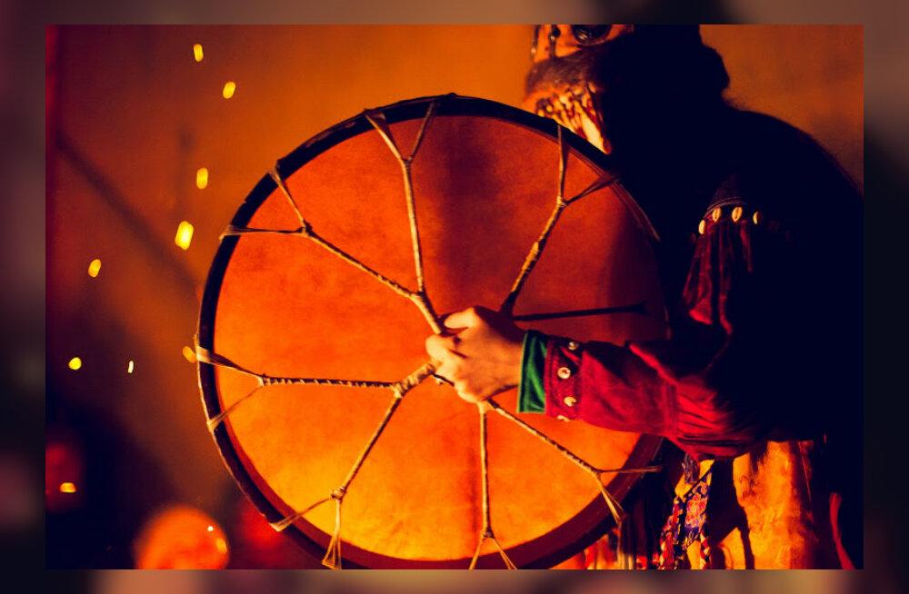 Šamaanitar Shonchalai Hovenmei õpetused naistele maagilisteks argirituaalideks nelja ürgelemendiga