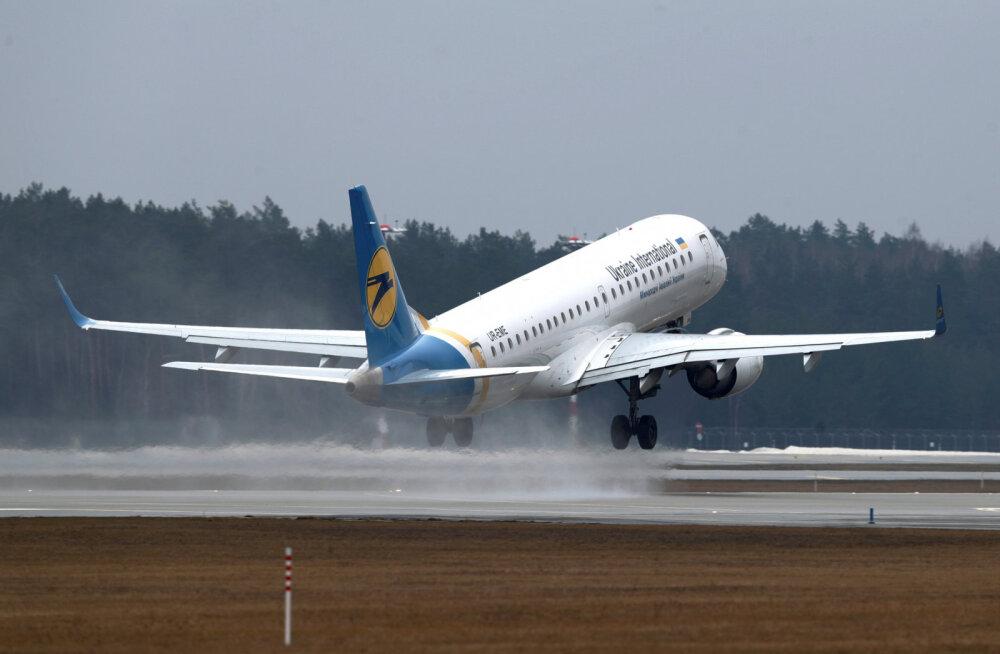 Украина запретила любые прямые перелеты в Россию