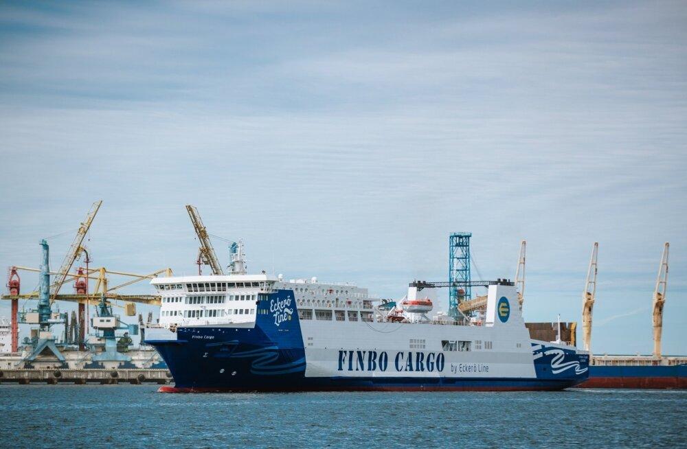 Eckerö Line'i laev Muuga sadamas