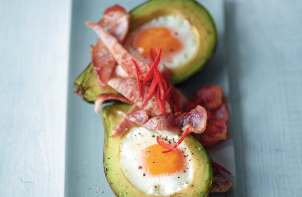 RETSEPT | Mmmm… Maitsev ja tervislik — avokaados küpsetatud munad!