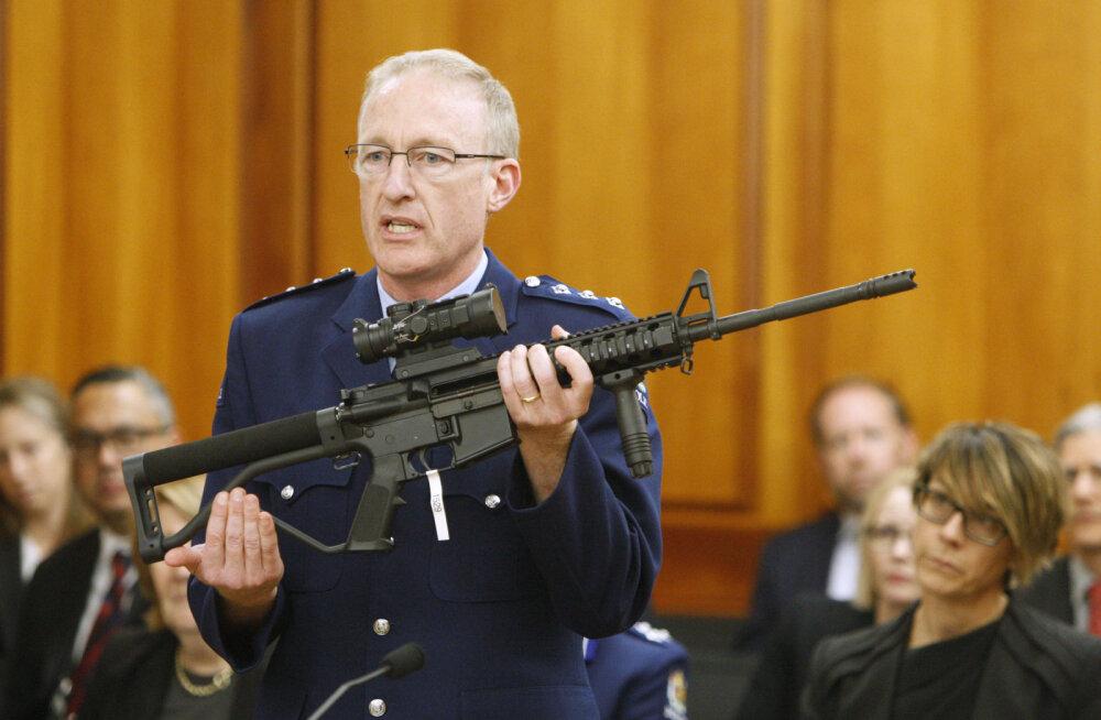 Uus-Meremaal hakati inimestelt nende relvi tagasi ostma