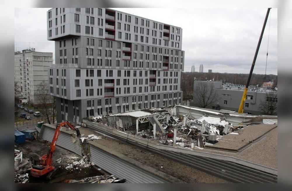 1e1e259ce03 Arendaja: Riia hävinud Maxima kõrval asuv uusehitis lammutatakse vajaduse  korral